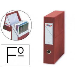 Caja de transferencia vertical en cartón compacto pardo en formato folio, lomo 80 mm. color rojo.