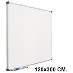 Pizarra laminada blanca con marco de aluminio planning sisplamo de 120x300 cm.