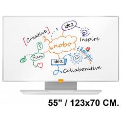 """Pizarra de acero magnético blanco con marco de aluminio nobo nano clean en formato panorámico 55"""" / 123x70 cm."""