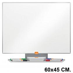 Pizarra de acero vitrificado blanco con marco de aluminio nobo classic en formato 60x45 cm.