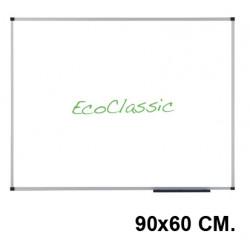 Pizarra de acero vitrificado blanco con marco de aluminio nobo eco-prestige en formato 90x60 cm.