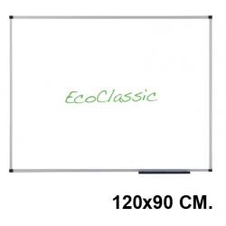 Pizarra de acero vitrificado blanco con marco de aluminio nobo eco-prestige en formato 120x90 cm.