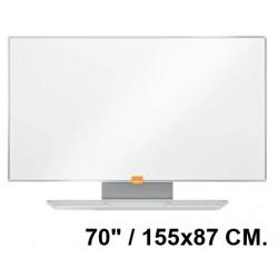 "Pizarra de acero vitrificado blanco con marco de aluminio nobo nano clean en formato panorámico 70"" / 155x87 cm."