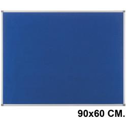 Tablero de fieltro con marco de aluminio nobo classic en formato 90x60 cm. color azul.