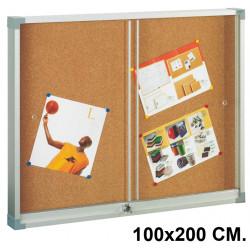 Vitrina de anuncios con fondo de corcho natural y marco de aluminio faibo en formato 100x200 cm.