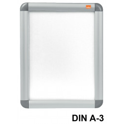 Porta póster de pared nobo clipdown en formato din a-3, color plata.