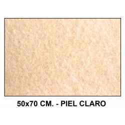 Fieltro liderpapel en formato 50x70 cm. de 160 grs/m². color piel claro.