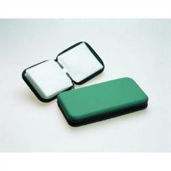 Cartera de pvc con cremallera stey para 24 cd/dvd´s en color verde.