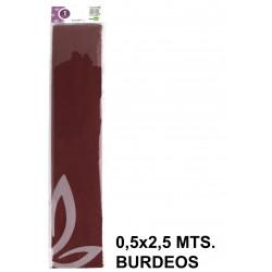 Papel crespón o pinocho de 0,5x2,5 mts. en color burdeos.
