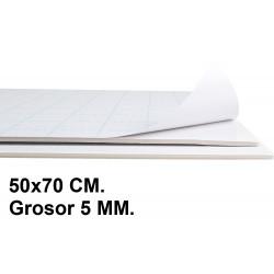 Cartón pluma adhesivo 1 cara liderpapel en formato 50x70 cm. con grosor de 5 mm. color blanco.