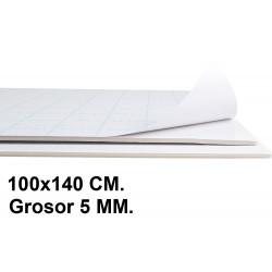 Cartón pluma adhesivo 1 cara liderpapel en formato 100x140 cm. con grosor de 5 mm. color blanco.