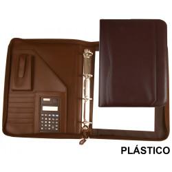Carpeta portafolios en plástico csp en formato din a-4, bloc de notas, calculadora, cierre con cremallera, color marrón.