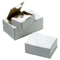 Caja postal blanca de 200x140x75 mm.