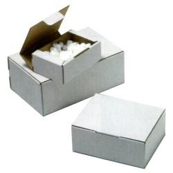 Caja postal blanca de 350x220x130 mm.