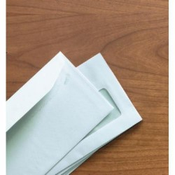 Sobre konstancia solapa trapezoidal offset blanco ventana derecha de 45x100 mm. en 120x235 mm. especial para ensobradora.