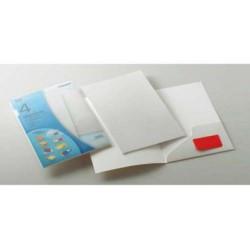 Pack de 4 dossiers de presentación en cartulina eurokote con un bolsillo interior en din a-4 de color blanco.