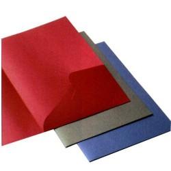 Dossier de presentación en cartulina fedrigoni con un bolsillo interior en din a-4 de color azul.