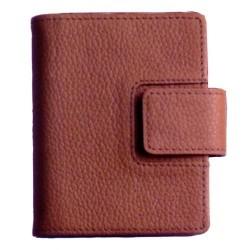 Agenda finocam classic meda 602 en piel de color marrón.
