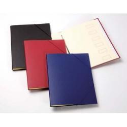 Carpeta clasificador de cartón forrada en plástico con 12 departamentos uni system en folio de color negro.
