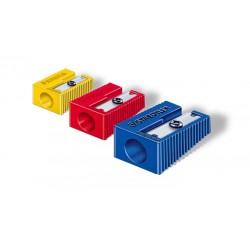 Afilalápices de plástico staedtler estándar, forma de cuña, colores surtidos.