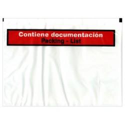 Sobre autoadhesivo portadocumentos de 140x125 mm. con texto impreso.